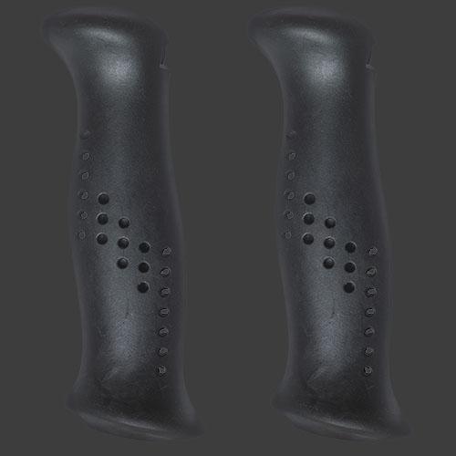 Svarta handtag av gummiliknande elastomer, från Tehnomat.
