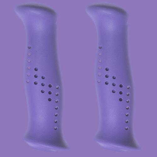 Lila handtag av gummiliknande elastomer, från Tehnomat.