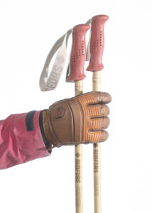 Bamboo ski poles with red hemp grips and baskets. Note! Prototype grip. Photo: Andreas Hillergren
