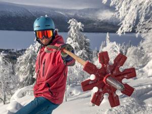 Fabian Rimfors testing his bamboo ski poles in Borgafjäll. Photo: Andreas Hillergren